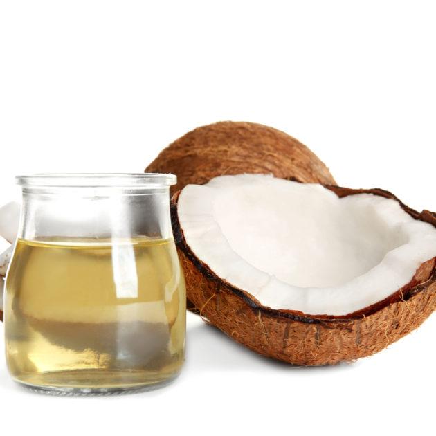 Při lupénce může pomáhat jako podpůrná léčba i kokosový olej